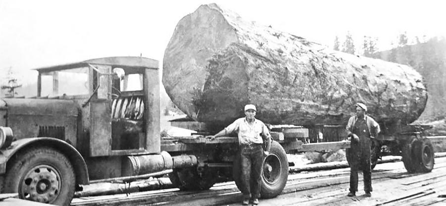 1930s Lumber Truck