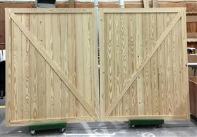 : Custom Yellow Pine Barn Doors